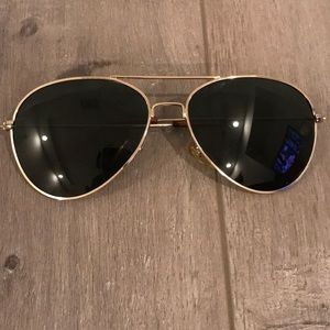 Accessories - Gold Thin Metal Aviator Black Sunglasses